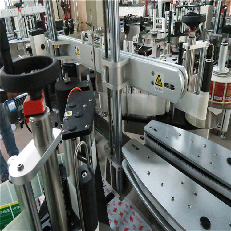 Автоматизиран апликатор за етикети за кръгла / квадратна / сублиформена бутилка